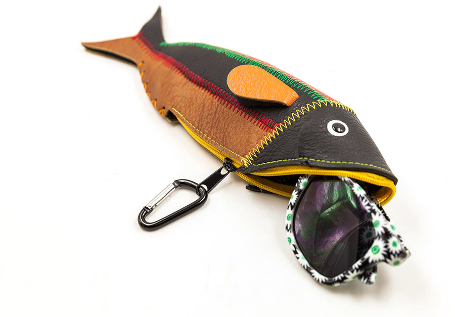 2017 popular children funny eyewear bag the shape of the fish