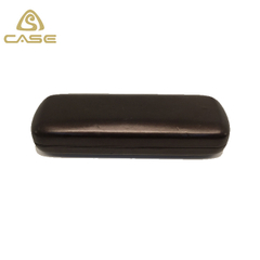 eyeglass case with clip