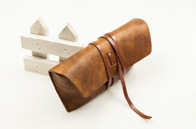 2021 Glass Case Sunglasses A Brown Leather-lined, Strappy Glasses Case That Resembles A Leather Bag